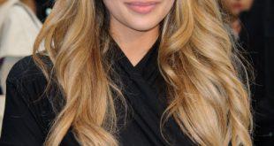 Neu Subtile wellige Frisuren für langes Haar