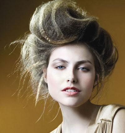 Heißesten Crimped Frisuren für das Jahr Neu